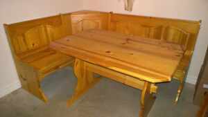 SOLID PINE CORNER STORAGE BENCH AND TABLE SET