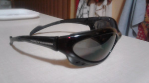 Ladies Harley Davidson sunglasses