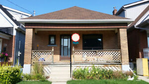 Your OWN space! - 2bed 1 bath - DETACHED Home