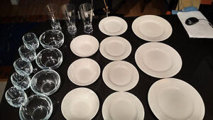 porcelain dishes and glass 22 pieces