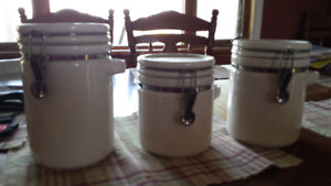 3 ceramic canisters