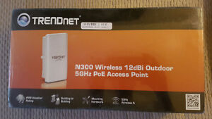 New Trendnet N300 Wireless 12dbi Outddor 5ghz PoE Access Point