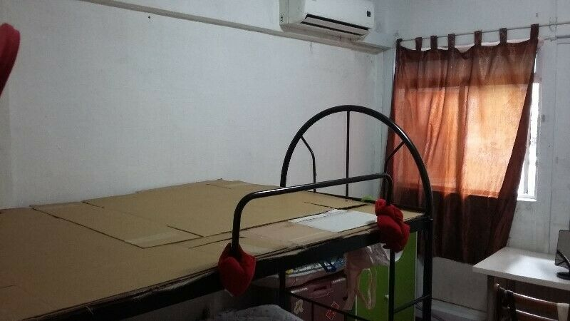 Masterbedroom for rent at Bukit Merah Lane 1