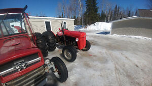 Massey to 35 farm tractor with blower