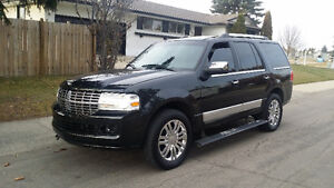 2010 Lincoln Navigator Ultimate SUV, Crossover