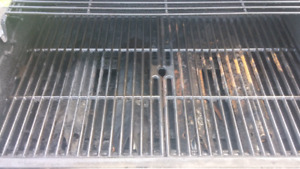 Wanted   Cast iron BBQ grill / grates