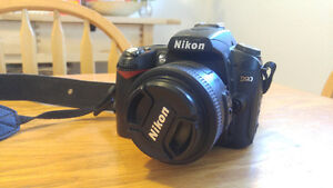 Nikon D90 DSLR + 35mm 1.8G + SB600 Flash + Accesories