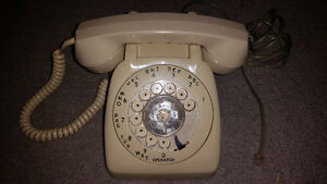 Vintage telephone rare edition only $25 with 10 day warranty!!!!