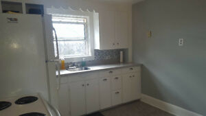 Clean and bright BR 2nd floor apartment Ashby $750 Inc heat