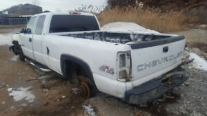 2002 SILVERADO 2500 .. JUST IN FOR PARTS AT PIC N SAVE! WELLAND