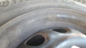 """Tire d'hiver hankook 185/65 r14 86t de 14"""""""