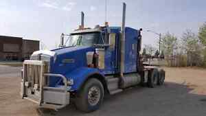 REDUCED For Sale: 2007 Kenworth T800 Winch Tractor