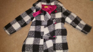 3t lined winter dress coat used twice. With hat