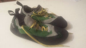 Evolv Spark Lace Up Rock Shoes Size 12