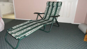 LOUNGE CHAIR FOR THE PATIO.....VERY COMFORTABLE