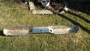 Ford ranger straight box back bumper new and chrome London Ontario image 2