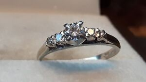 ENGAGEMENT/Wedding 5 STONE DIAMOND RING with GIA APPRAISAL
