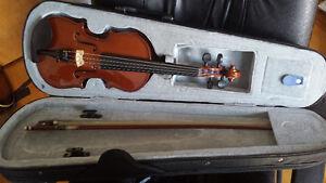 Violon 1/4 de chez Luthier Jules Saint-Michel