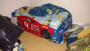 Race car twin bed and mattress