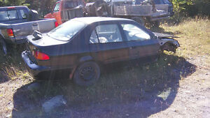 2000 Toyota Corolla Sedan parts