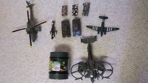 Army Men Play Set Tanks Helicopter Plane ST.THOMAS London Ontario image 1
