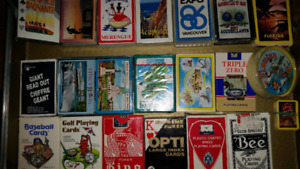 BELLE COLLECTION DE JEUX DE CARTES ****