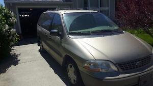 2001 Ford Windstar Minivan, Van