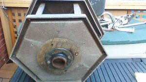LARGE FIBERGLASS BIRD FEEDER Stratford Kitchener Area image 5