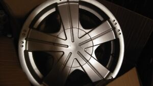 Set of 4 used rims 4x100 bolt pattern