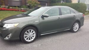 Toyota Camry XLE hybride 2013