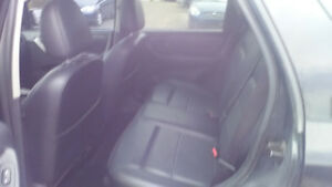 2007 Ford Escape Limited v6 4WD London Ontario image 5
