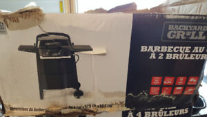 Brand new 2 burner propane gas BBQ