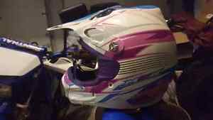 Casque motocross VTT scooter.  Helmet