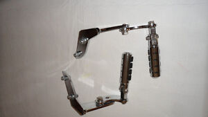 Highway mounts and pegs