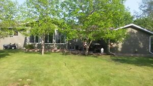 Country Home backing onto Golf Course