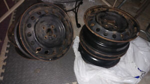 Selling rims for a 2009 Toyota Yaris (OBO)