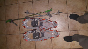 Snowshoes and folding ski poles