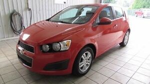 Chevrolet Sonic 5dr HB LS 2012