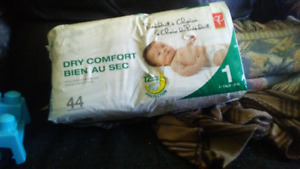 44 pack of size one diapers