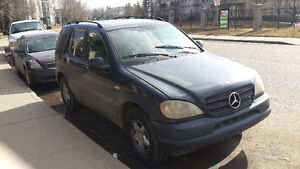 2000 Mercedes-Benz M-Class Blue SUV, Crossover
