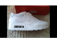 Unisex white Nike air Max's 90 size 5 brand new