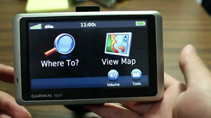 Garmin nuvi 1350 GPS Navigator