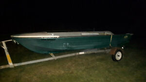 14ft fiber glass boat doesn't leak