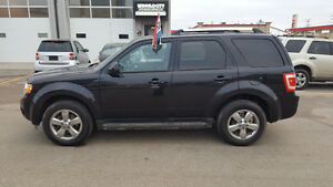 2010 Ford Escape Limited SUV, Crossover(FULLY LOADED)