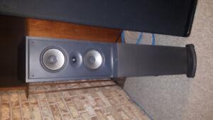 Infinity RS 10 Floorstanding tower speakers w/powered woofers