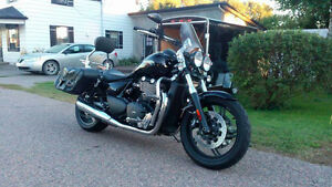 Mint condition- Thunderbird storm 2011 for sale