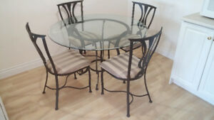Kitchen/Dining Room Table and 4 Chairs