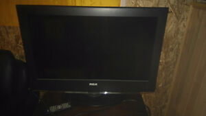 32 inch RCA TELEVISION