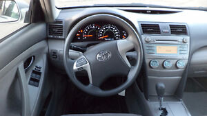 09 Camry- auto - 4dr - LOADED - A/C - NEW TIRES - ONLY 90,000KMS Edmonton Edmonton Area image 7