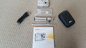 Kodak MD853 8.2 Mega Pixels Camera